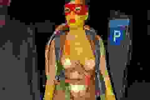 """""""Đã mắt"""" với loạt trang phục ấn tượng của các sao trong ngày Halloween"""