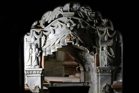 Phát hiện mới sau khi mở cửa ngôi mộ Chúa Jesus