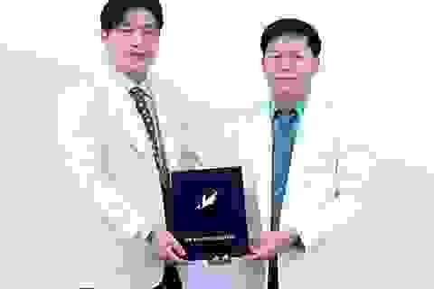 Làm đẹp giá đặc biệt với Chủ tịch Hội Thẩm mỹ Mắt Hàn Quốc