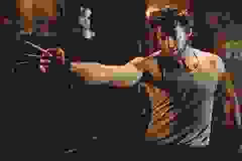"""""""Người sói"""" Hugh Jackman gây sốc với thân hình quá đỗi gợi cảm"""