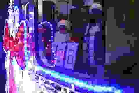 """Tàu điện ngầm Moscow hút khách năm mới bằng chiêu """"độc"""""""