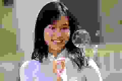 Nữ sinh 9X xinh đẹp sở hữu thành tích học tập đáng nể