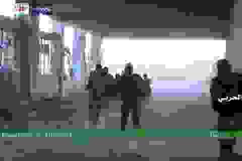 Quân đội Syria khép vòng vây ở Aleppo