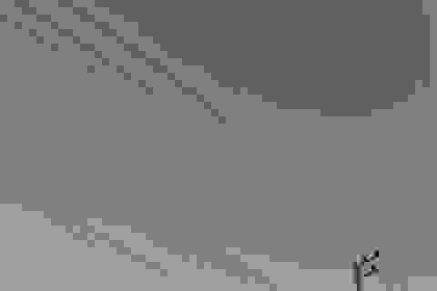 Mảnh vỡ tên lửa Nga bốc cháy trên bầu trời Thái Lan