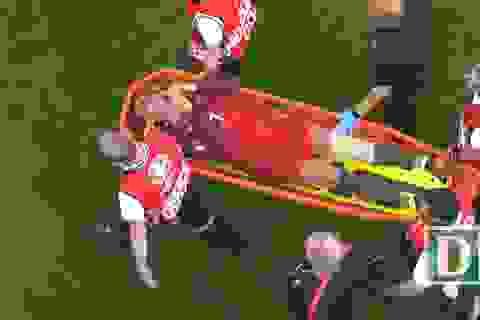 C.Ronaldo rời sân ở phút 25 trận chung kết Euro 2016 trong cay đắng