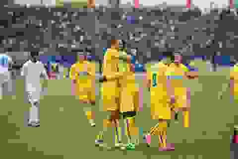 Khán giả đông kỷ lục trong ngày khai màn V-League
