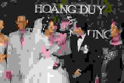 Con gái Trang Nhung lần đầu lộ diện trong đám cưới ba mẹ