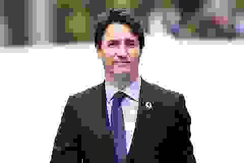 """Thủ tướng Canada """"gây sốt"""" ở Nhật vì vẻ điển trai"""