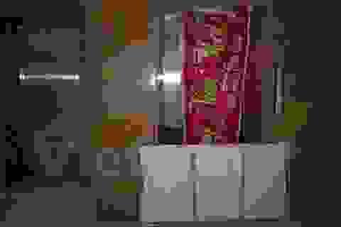 Nghi vấn rơi thang máy chung cư ở Hà Nội, 1 người mắc kẹt
