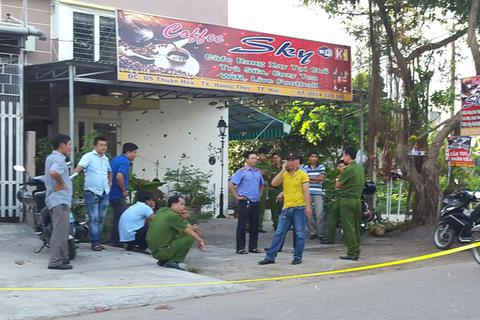 Nghi án 1 người Trung Quốc đâm nữ chủ quán cà phê