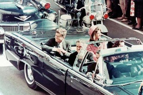 Tổng thống Kennedy bị sát hại vì lật tẩy bí mật về UFO của CIA?