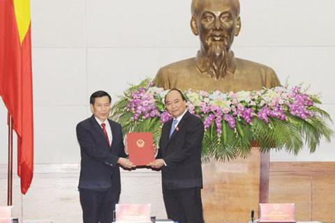 Tân Bộ trưởng VH - TT & DL: Tập trung xây dựng con người Việt Nam phát triển toàn diện