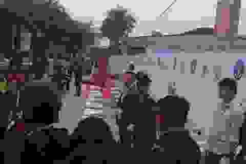 Ấn tượng mạnh cảnh tiêu huỷ 2 tấn ngà voi, sừng tê giác tại Sóc Sơn-Hà Nội