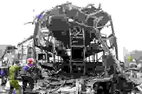 Vụ tai nạn 12 người chết: Khẩn trương giám định ADN