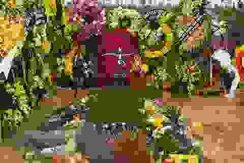 """Ca khúc """"Đường đến ngày vinh quang"""" được hát vang tại nghĩa trang Trần Lập yên nghỉ"""