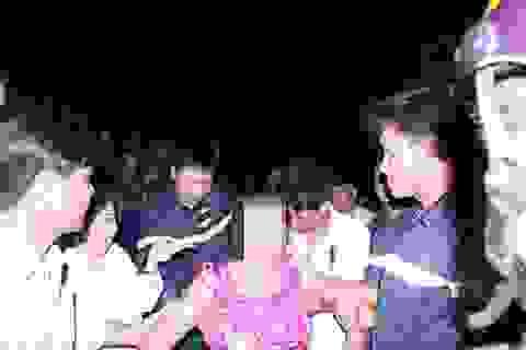 Giải cứu một phụ nữ mắc kẹt trên trụ điện cao 120m