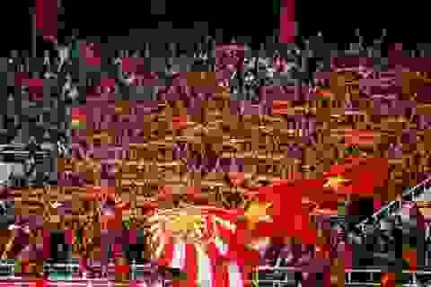 Những tấm vé đắt đỏ và nỗi buồn của người hâm mộ Việt Nam