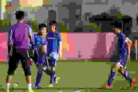 Công Phượng quyết ghi bàn vào lưới U23 UAE