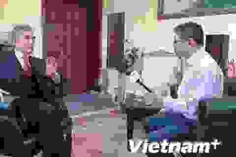Đại sứ quán Việt Nam tại Ukraine tích cực bảo hộ công dân
