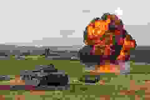 Tiết lộ lý do Anh mượn xe tăng Nga tập trận