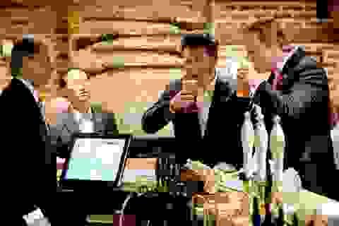 Trung Quốc mua lại quán bia ông Tập từng ghé ở Anh
