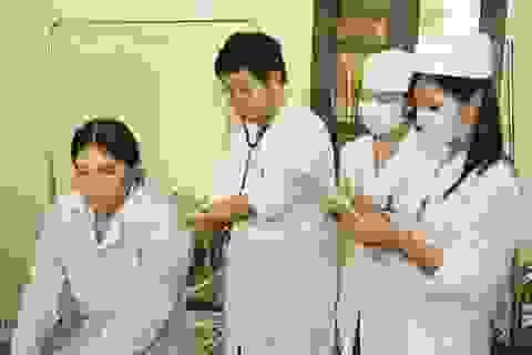 Đào tạo y khoa: Vững tay mới được làm nghề