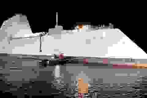 Mỹ công bố thông tin về siêu khu trục hạm Zumwalt trị giá 4,4 tỷ USD