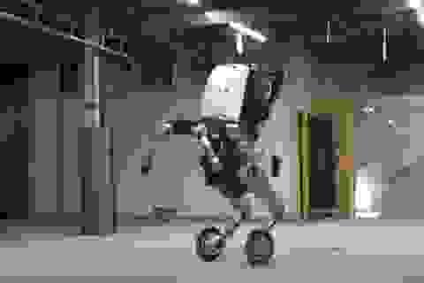 """Vận động viên chuyên nghiệp có phải """"giải nghệ"""" vì chú robot này?"""