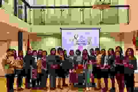 Gặp mặt các nữ Việt kiều tại Hà Lan nhân ngày Quốc tế phụ nữ
