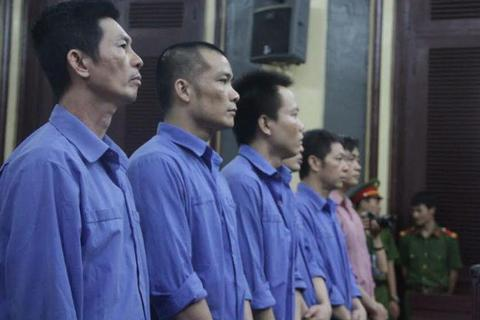 """Trùm bảo kê bến xe Miền Đông Tý """"điên"""" được thả tại tòa"""