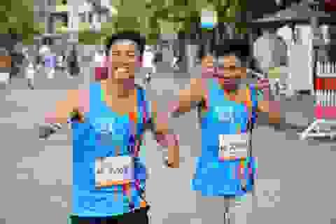"""Hàng ngàn VĐV tranh tài giải Marathon """"Thể thao và du lịch"""" Hội An 2017"""