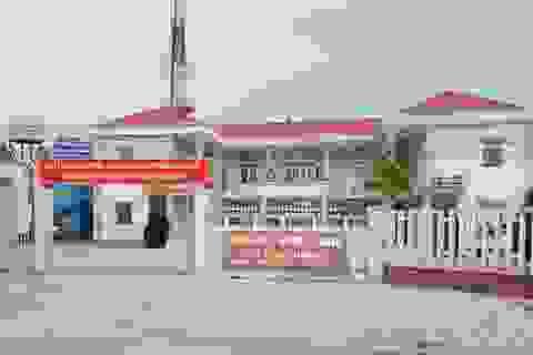Đề nghị dừng phê chuẩn Bí thư chi bộ đối với Phó Bí thư Đảng ủy xã
