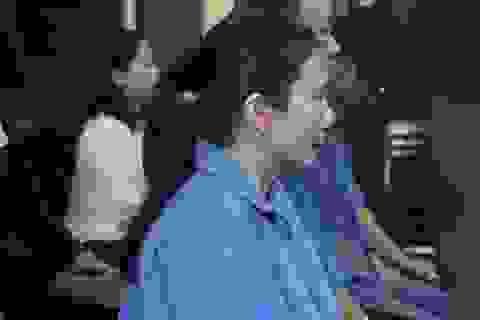 Giám đốc ngân hàng chiếm đoạt 2.660 lượng vàng đối mặt với án tử hình