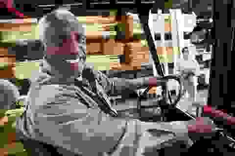 Người già ở Mỹ làm việc ngày càng nhiều