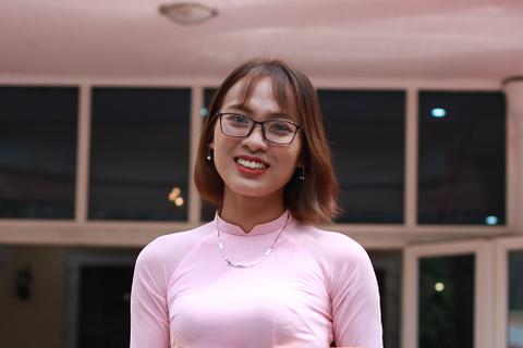 Nghị lực phi thường của nữ sinh trường Báo hứa thay cha gánh vác gia đình
