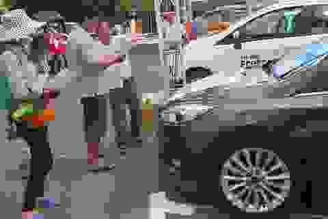 Tranh thủ mua ô tô vì sợ thuế tăng