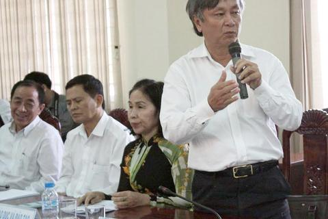 Dỡ lệnh cấm xuất cảnh đối với nguyên Giám đốc Sở Y tế Long An
