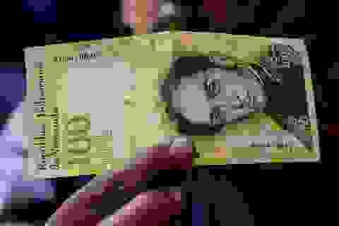 Dân Venezuela nhận lương dưới 2 USD/tháng