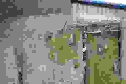 Trung Quốc: Dân dùng bia mộ cổ trăm năm để xây nhà