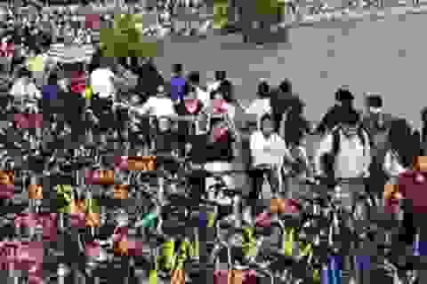 Vạn xe đạp chen nhau không lối thoát ở Trung Quốc
