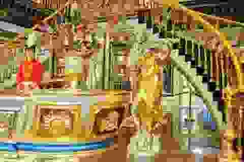 """Choáng ngợp nội thất xa hoa bên trong """"cung điện Versailles"""" ở Trung Quốc"""