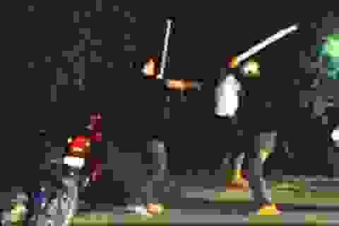 Hơn 20 thanh niên hỗn chiến trước chợ Bình Điền, một người bị đâm chết