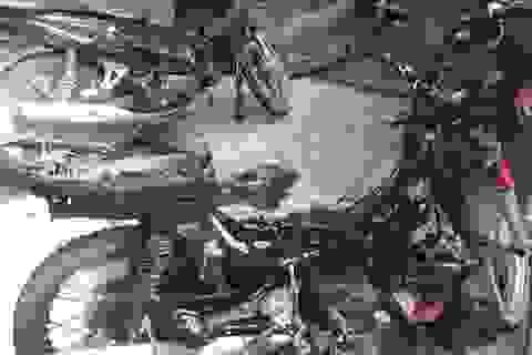 Ngăn cản trai làng bên đến tán gái bất thành, đốt 2 xe máy cho bõ tức