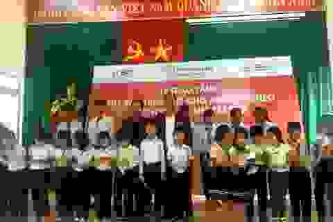 Doanh nghiệp Việt tặng 540 thẻ bảo hiểm y tế cho người nghèo