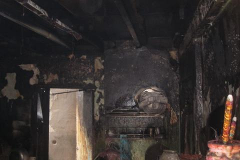 Xì gas gây cháy quán cơm, 2 người bị bỏng
