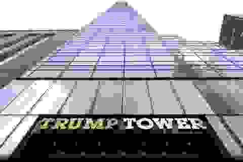 Du khách phàn nàn vì phòng khách sạn hướng tầm nhìn về tòa nhà Trump