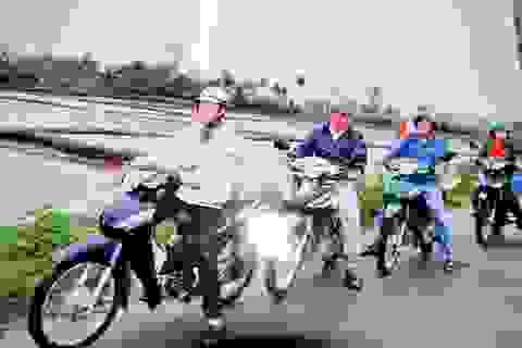 Đội cứu thương bằng… xe ôm ở Quảng Nam