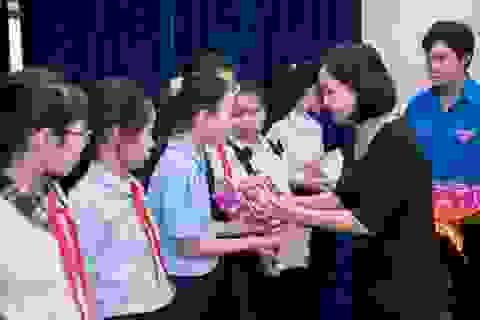 Học bổng PNJ giúp nhiều học sinh nghèo Phú Nhuận đến gần cánh cửa đại học hơn