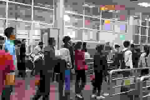 Quảng Ninh: Tạm dừng thu phí dịch vụ xuất cảnh qua Cửa khẩu quốc tế Móng Cái