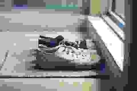 Đôi giày lạ tiết lộ bí mật trong căn biệt thự của bác sĩ thẩm mỹ